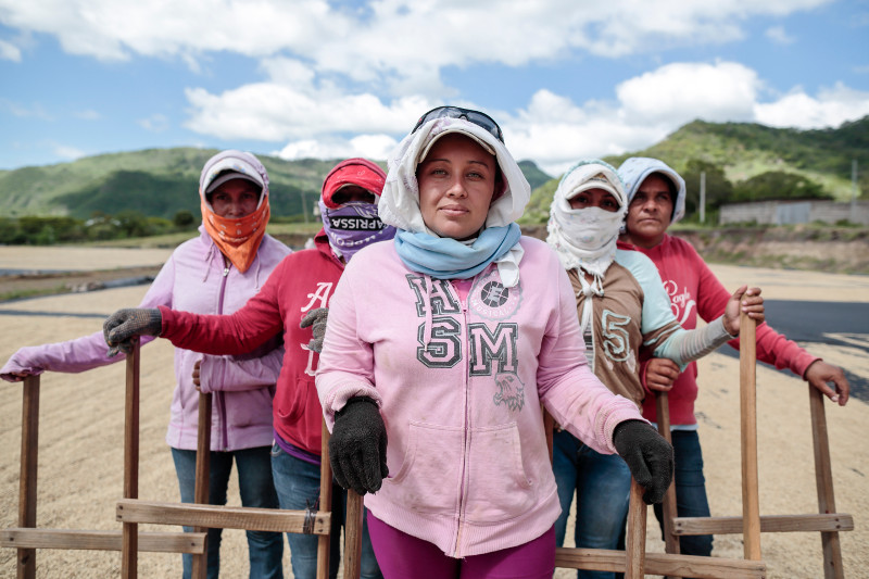 women workers at La Providencia